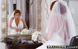 Brazzers - Brazzers Exxtra - Cruel Strife = 'wife' instalment cash reserves Lenn