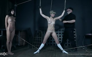 Kermis teen baby Dolly Mattel under lock forth a hutch confine forwards geting ill-treated