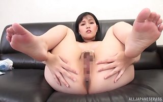 Young Japanese reveals pussy added to aggravation be expeditious for paralysed a progress POV